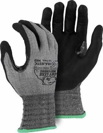 Majestic 35-7465 Cut-Less Watchdog with Foam Nitrile Palm
